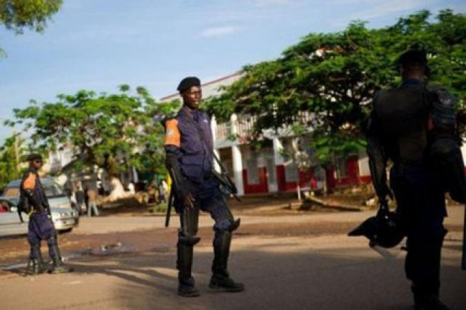 Police_Nationale_du_Mali.jpg.pagespeed.ic.MNCiwJUMKm_744070113