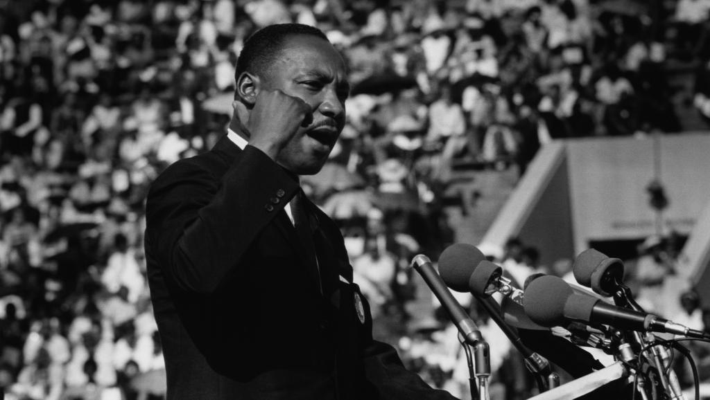 Martin Luther King à Chicago, en plein discours pour les droits civiques, le 21 juin 1964. Ted Williams/Iconic Images/Getty Images
